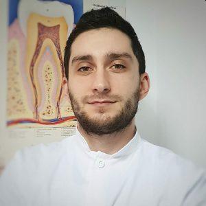 dr Razvan Ghita @ CriniDent