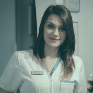 Claudia Bican @ clinica stomatologica CriniDent Craiova