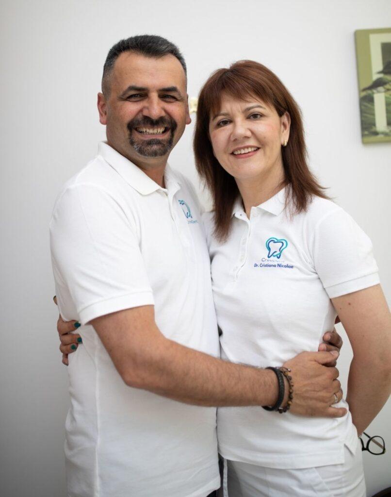 dr Cristiana Nicolae si dr Cristian Nicolae - CriniDent Craiova