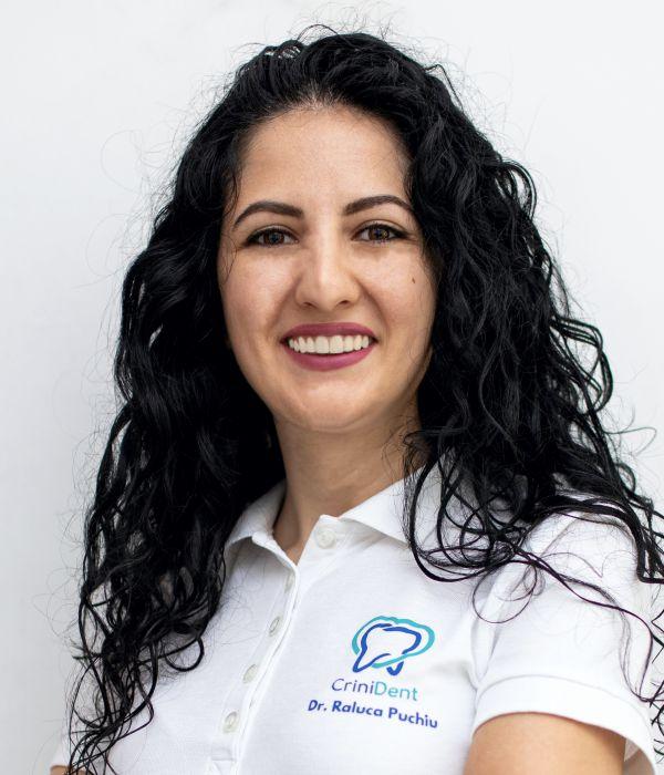 Picture of Dr. Raluca Puchiu