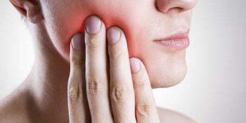 Atenție, abcesele dentare cauzează dureri severe ale dinților. Tratează-le la timp, în clinica stomatologică CriniDent în Craiova